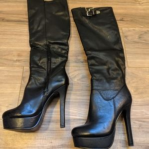 Shoes - Knew high boots sz7.5